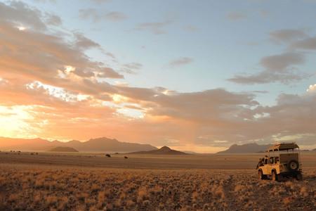 [春节]<南非+纳米比亚+津巴布韦+赞比亚+博茨瓦纳17日游>15人小团EK、红沙漠维多利亚瀑布、鲸湾出海、乔贝、红泥人颓废方丹、桌山好望角