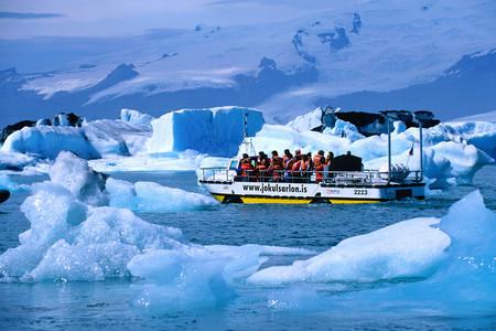 <冰岛一地10-11日游>全含25人小团,黄金圈之旅,杰古沙龙游船,海钓BBQ,冰岛马骑行,双湖温泉,瀑布巡游,冰川徒步与观鲸,2人wifi