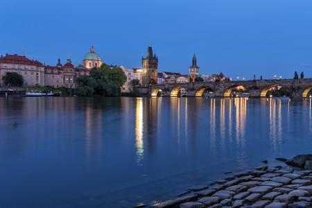 <德瑞奥捷匈5晚6日循环游>柏林上布拉格下、全程四星级酒店、醉美布拉格、多瑙明珠布达佩斯、湖光山色瑞士(当地游)