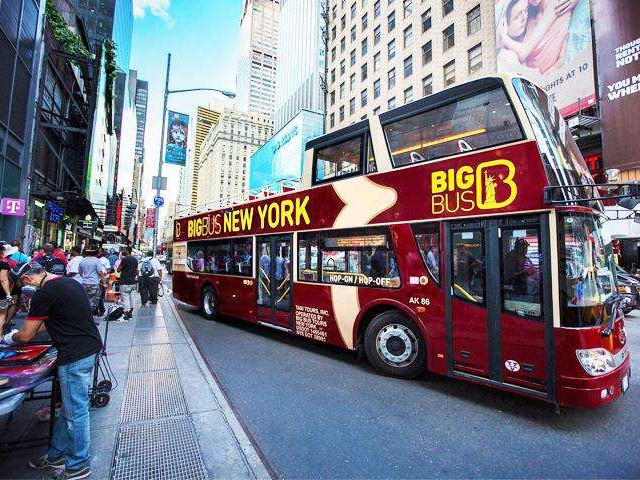 <纽约随上随下巴士观光>(含中文录音导览)