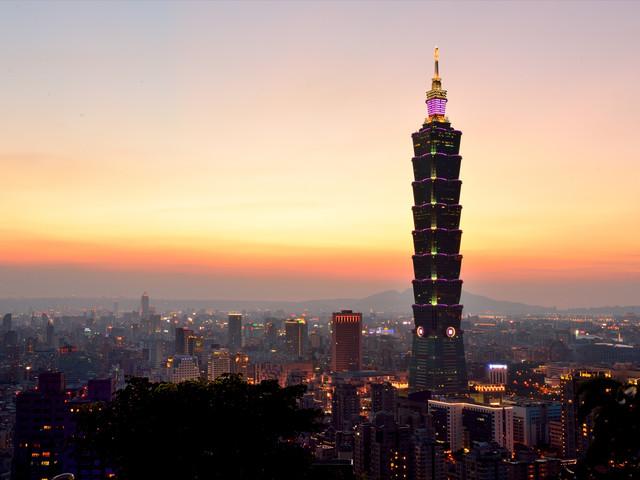 <台北101观景台门票>360度的视野、登上台北101观景台一览繁华的南岛之星