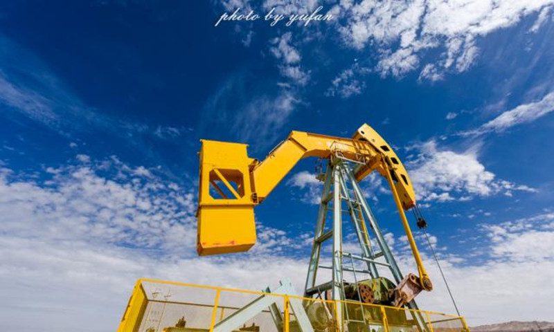 据说这就是世界海拔最高的油井了,该井1983图片