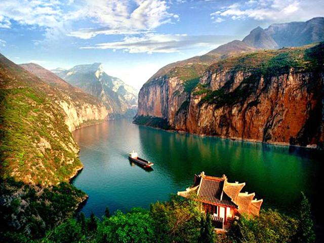 重庆-长江三峡游船-瞿塘峡-巫峡-西陵峡-三峡大坝4日游>成都动车往返
