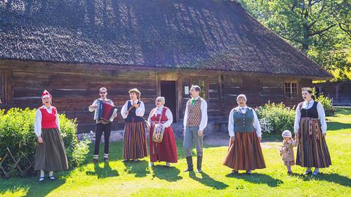 俄罗斯+爱沙尼亚+破陶宛+拉脱维亚机票+本地12天游
