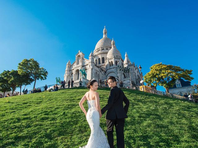<法国巴黎婚纱旅拍半日游>1套婚纱1组造型,常驻巴黎资深摄影团队一对一服务,艾菲尔铁塔,卢浮宫,圣母院,圣心大教堂等小巴黎景点拍摄,拍摄当天专车服务