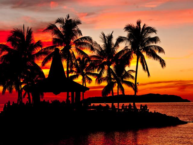 <沙巴马穆迪岛+马努干岛一日游>(可选香格里拉丹绒亚路海边日落下午茶)