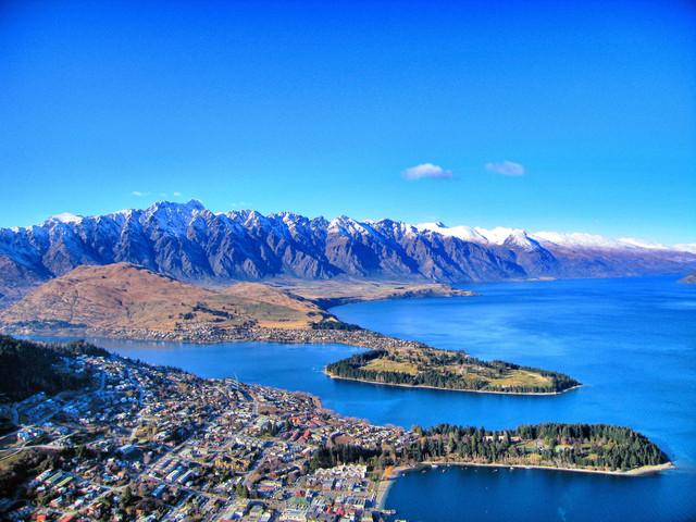 <新西兰南北岛西线凯莫萤火11日游>周五发团、国家公园、淘金小镇、福克斯冰河、皇后镇、米佛峡湾、但尼丁、凯库拉、汉默温泉、霍比特、萤火虫(当地参团)
