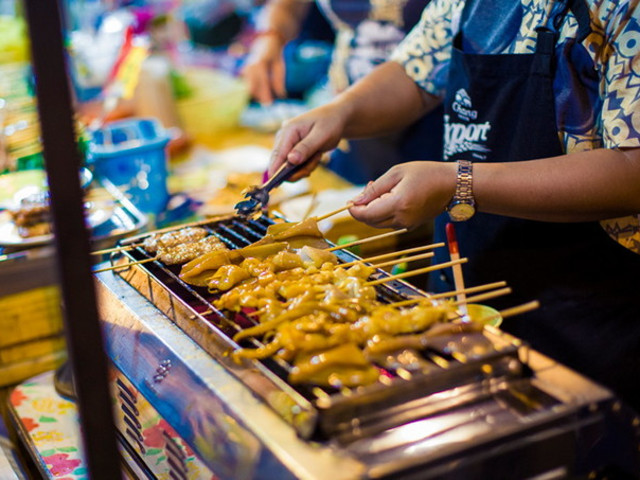 泰国曼谷 芭提雅 金沙岛5晚7日游 全程五星住宿 水上市场 热带龙虎园