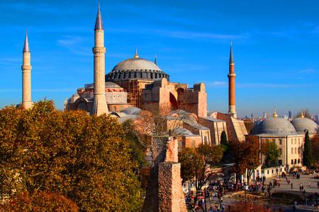 <土耳其8晚9日游>伊斯坦布尔集散、全程含餐、景点首道、特别升级洞穴酒店、自费体验热气球(当地参团)