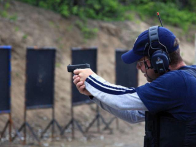 <泰国 清迈警察训练营靶场射击体验中心>多种套餐+专业教练指导