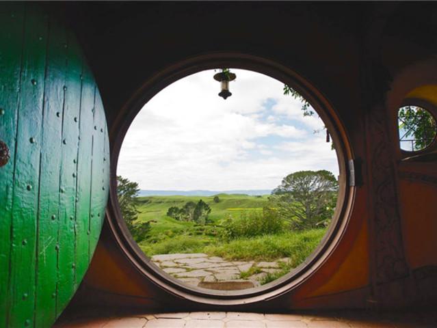 <【支持定制行程】新西兰北岛2日游>全程四星级酒店 中文司兼导 可升级小包团 霍比特人村-怀托摩萤火虫洞-毛利文化村-天空缆车(当地参团)