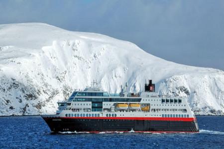 <午夜阳光号-华人包船-南极半岛探索+南美四国34日游>