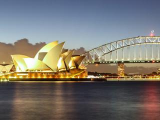 <星梦邮轮探索梦号悉尼 亚瑟港 霍巴特 伯尼 伊登 悉尼7晚8天塔斯马尼亚探索之旅>2020年2月16日、23日悉尼登船往返 单船票
