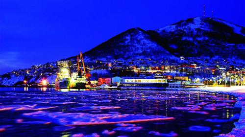 俄罗斯勘探加+海参崴冰火野性之旅8天游