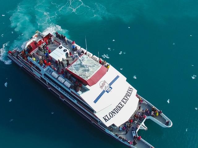 <美国阿拉斯加州惠蒂尔+冰川海洋生物游船+军港小镇一日游【冰川探索/公主号游轮码头】>