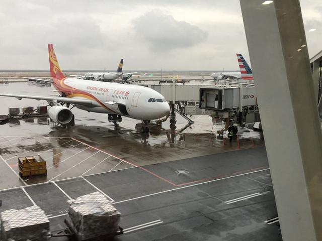 <【深港跨境專車】香港國際機場-深圳市區 接送機服務 (單程/雙向可選)>
