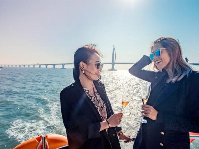<【港珠澳大桥】珠海出发 游轮绕桥穿越港珠澳大桥+九州岛登岛打卡>