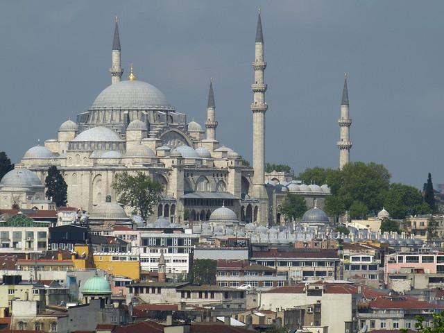 <伊斯坦布尔两日深度游>一晚五星酒店,免费接送机,天天发团,两人即可成团