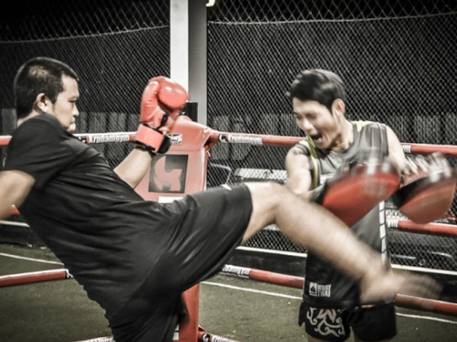 <曼谷 Krudam泰拳体验课程【专业级教练 多时段可选 小班制/私人课】>