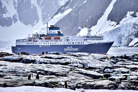 <南极阳光之旅+亚特兰蒂游轮+阿根廷19-20日游>北上出发/ET航空/可不办美签/穿越南极圈/邂逅企鹅/含乌拉圭一日游