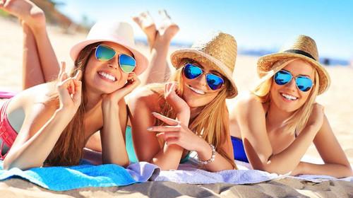 <泰国普吉-珍珠珊瑚岛4晚6日游>暑期预售、泳池酒店、私人沙滩、VIP帆船出海、海钓、浮潜、出海跟拍、四岛环游、泰式spa、国际人妖秀