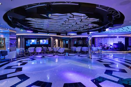 传奇号 Meraviglia Bar & Lounge