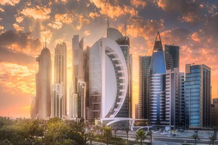 <卡塔尔3晚6日游>卡塔尔航空/卡塔尔国王清真寺/伊斯兰艺术博物馆/骆驼赛道/瓦其夫老市场/骆驼赛道/珍珠岛