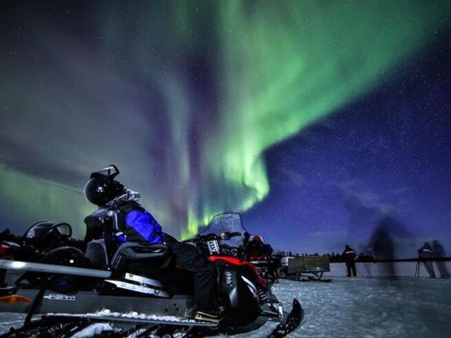 <芬兰 萨利色尔卡 驾驶雪地摩托追寻北极光 含接送(3小时)>