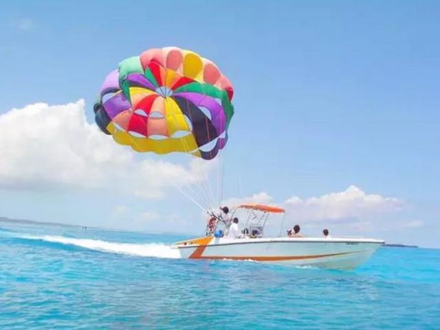三亚南湾猴岛+椰田古寨1日游亲子玩乐首选,含猴岛跨海索道,与猕猴互动,乐趣无穷,午餐套餐可选