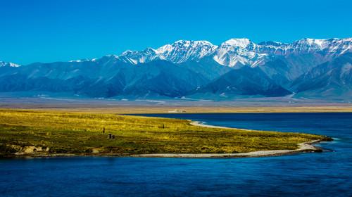 新疆賽里木湖風光