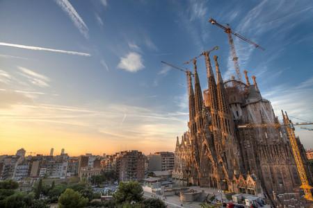 <西班牙+葡萄牙12-13日游>深圳往返马德里进出,海航直飞,可配联运,含服务费,全程四星,含特色餐,巴塞罗那,塞维利亚,里斯本,马德里皇宫
