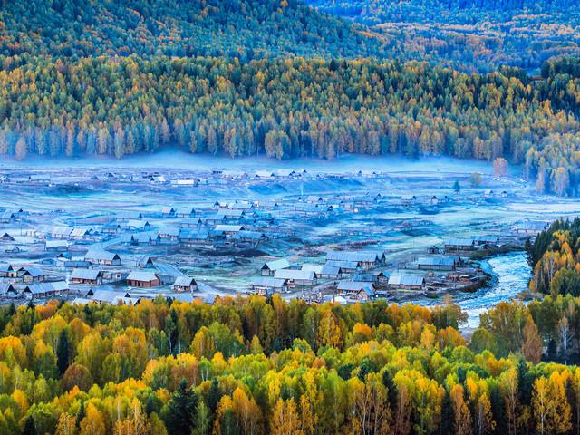 新疆旅游五彩托海+可可滩+禾木+喀纳斯+观鱼南靖有限公司佳美食品图片