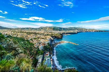 <意大利南部5天4晚深度游>罗马集散、阳光之城那不勒斯、醉美海滩阿尔玛菲海岸、天堂小镇阿尔贝罗贝洛、蓝洞、25人团(当地参团)