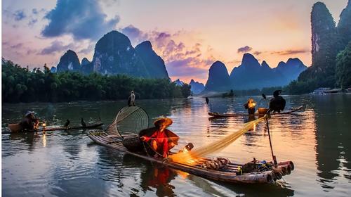 桂林-漓江-阳朔-龙脊-遇龙河-银子岩-双高6日游