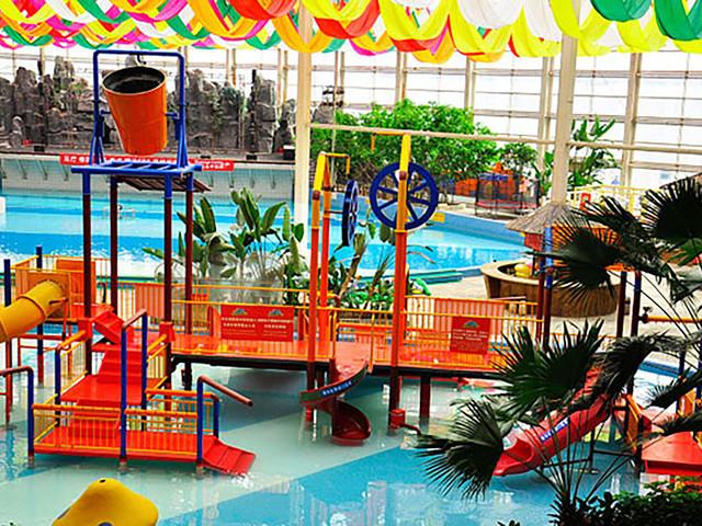 无边泳池 享受室内恒温无边泳池 门票一价全含 全程0购物 夏日玩水