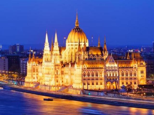<塞尔维亚 贝尔格莱德出发 匈牙利首都 布达佩斯  一日游>私家团