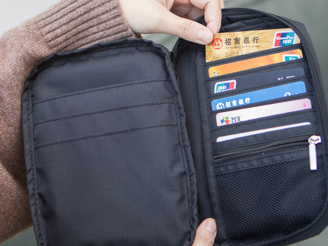 SG出国护照包 一只小包 多种用途  「 旅行神器 合理分区 功能完备 」