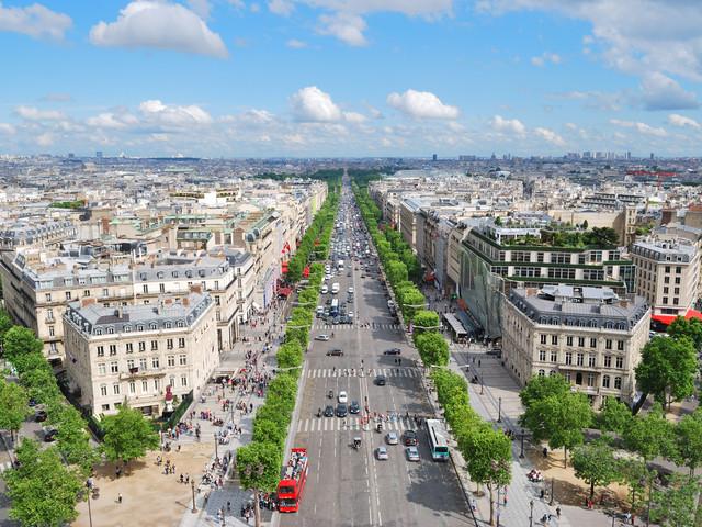 <巴黎-巴塞罗那-塞维利亚-马德里9晚11日自由行>巴黎进马德里出,一次体验法兰西、加泰罗尼亚、安达卢西亚风情,含全程酒店