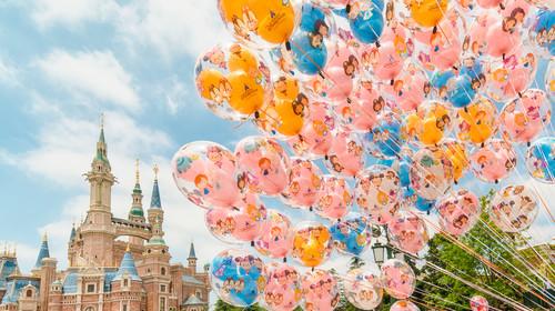 城堡与气球