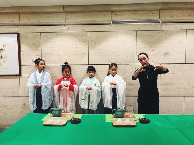 南京半日国学亲子课程体验-汉服汉礼学习+纸制汉服手工制作