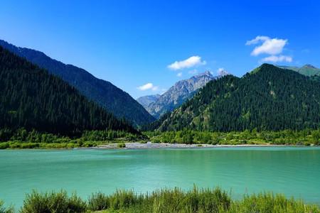 <中亚五国哈萨克斯坦+吉尔吉斯斯坦+土库曼斯坦+塔吉克斯坦+乌兹别克斯坦17日游>纯玩一价全含0自费0购物全程四星级酒店,行程舒适,深度游览
