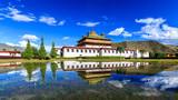西藏桑耶寺倒影