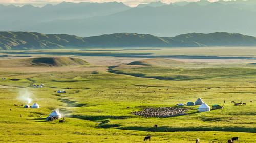 那拉提草原