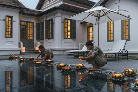 <老挝琅勃拉邦3晚4日游>2人安缦塔卡享团 每日亲点早餐/特色下午茶 安缦专车往返接送 湄公河日落巡游 清晨布施 老挝式按摩