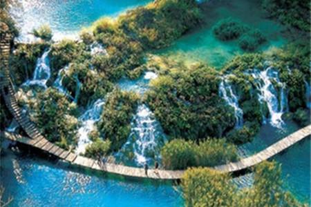 <希腊+阿尔巴尼亚+黑山+克罗地亚+斯洛文尼亚15天游>雅典卫城、杜布罗夫尼克、十六湖、波斯托伊那溶洞、升级2人一台WIFI、每人每天一瓶水