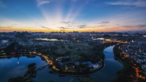 桂林两江四湖夜景日月双塔