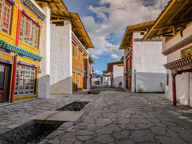 稻城自驾游观音桥+色达+新都桥+西藏+川攻略藏南伤令狐人10图片