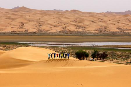 <腾格里沙漠徒步穿越4日游>2019腾格里沙漠徒步穿越游
