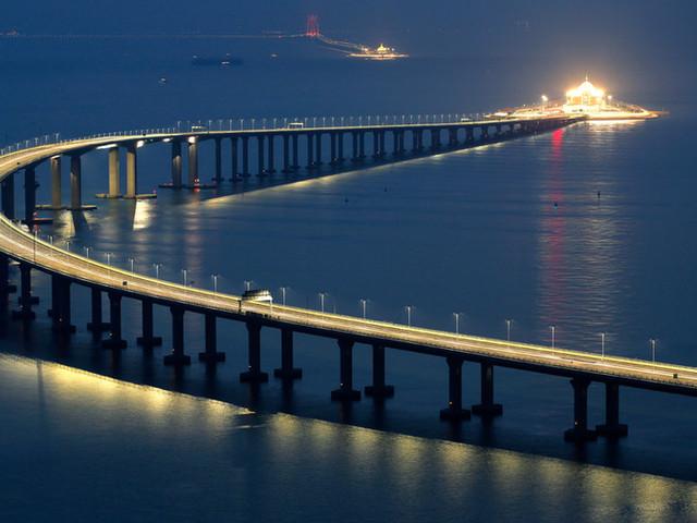 <【直通巴士,途经港珠澳大桥 】香港到珠海港珠澳直通巴士>
