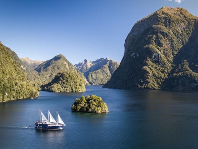 <新西兰南岛 东西海岸全景七日游>(高山观景火车+福克斯冰川+神奇峡湾 周日发团)